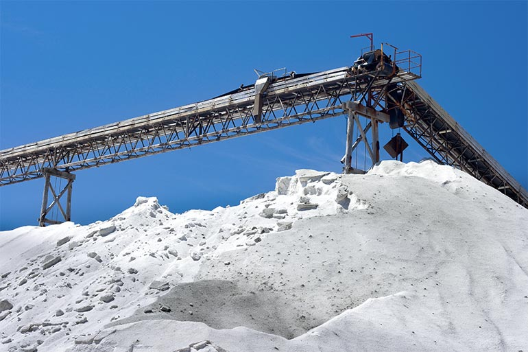 Conveyor belts in salt mining industry